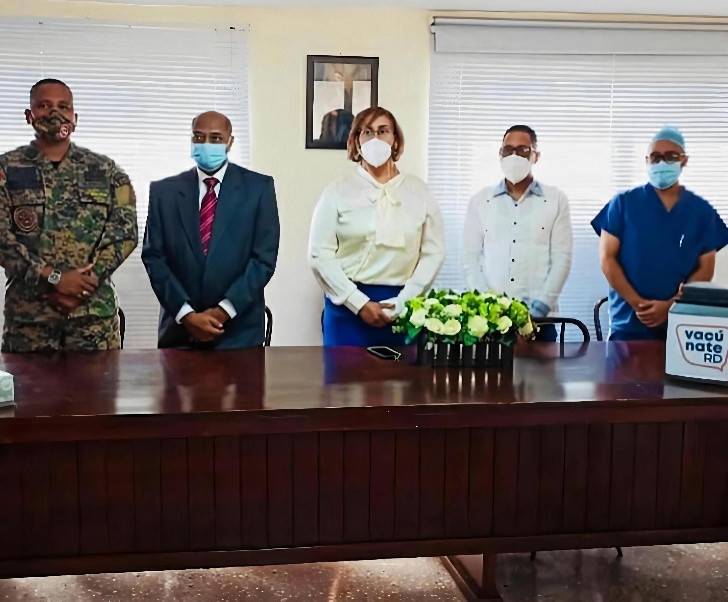 El Hospital Dr. Rafael J. Mañón inicia la fase 1A de Vacunación contra el Covid-19.